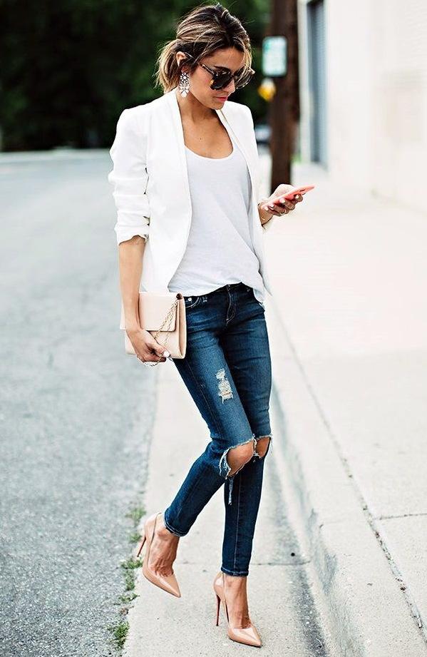 beżowe szpilki do jeansów