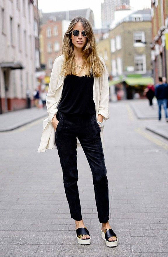 klapki na platformie do czarnych spodni